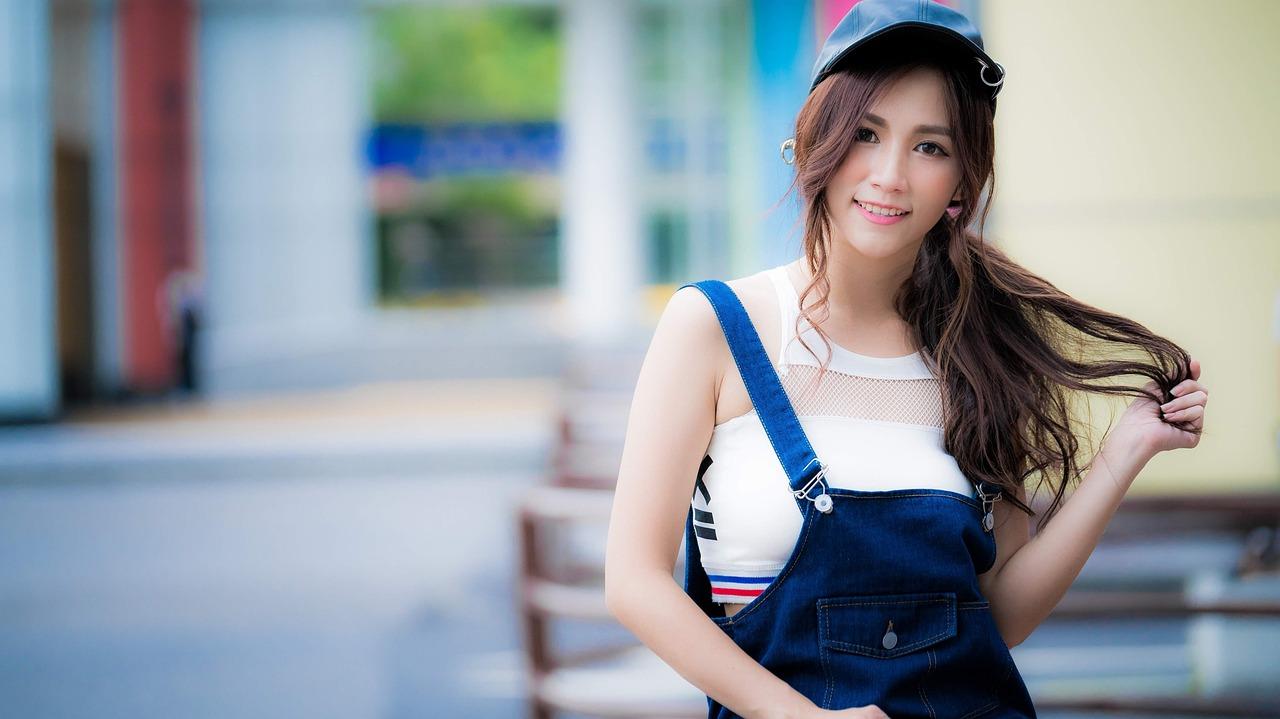 beautiful young Korean girl